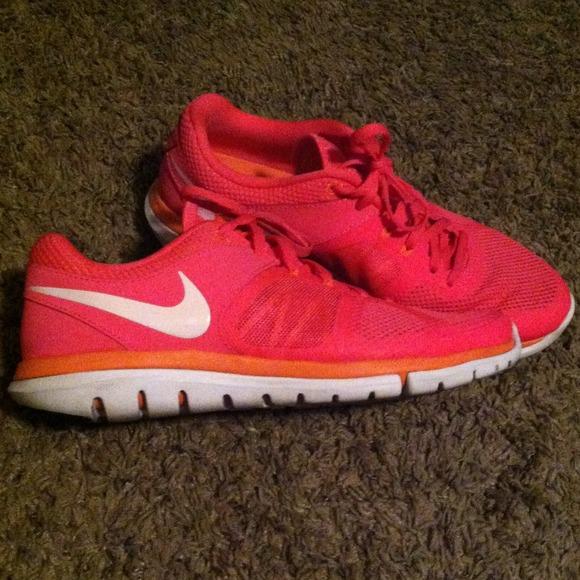 Asesor Mecánico pausa  Nike Shoes | Pink Nike Flex Fitsole Shoes | Poshmark