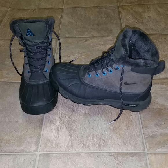 SOLD SOLD Nike ACG Lunarstorm Boots