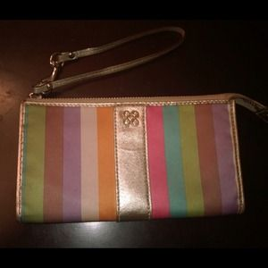 Coach Julia Legacy Zippy wallet ❗️️REDUCED