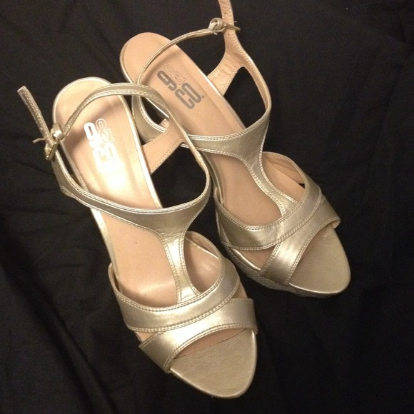 jcpenney gold shoes Shop Clothing
