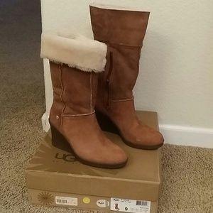 641fef333284 Ugg Wedge Boots Ravenna