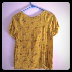❗️reduced❗️ zara yellow floral top