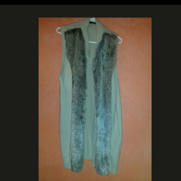 H&m Faux Fur Sweater Vest