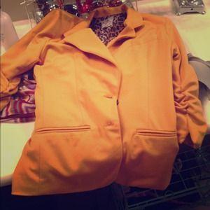 $25 Small mustard blazer. NWOT. Never worn.