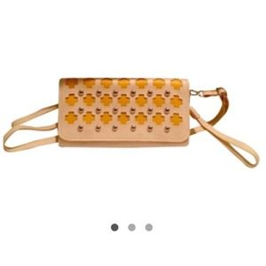 🚫Sold!🚫 Flirty cream and yellow clutch