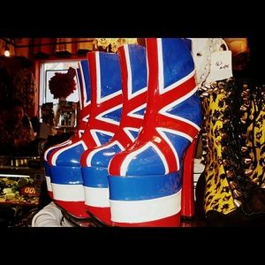 RARE SOLD OUT Pleaser UK flag 90s Platform Boots