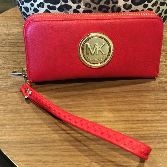 Michael Kors Double Zip Wristlet Michael Kors Double Zip Wallet