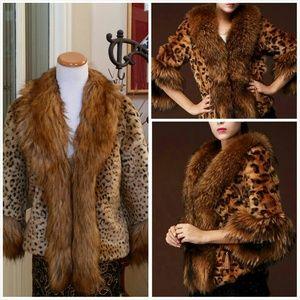 Jackets & Blazers - Leopard Faux Fur Short Coat