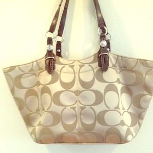 REDUCED PRICE! Coach Signature Collection Tote
