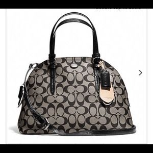 NEW PEYTON SIGNATURE CORA DOMED SATCHEL (BLACK)