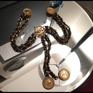 CHANEL vintage chain accessory