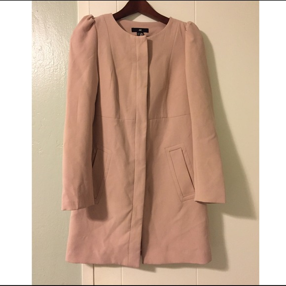 40% off H&M Outerwear - H&M pale pink coat // Sz 6 from Alexa's ...