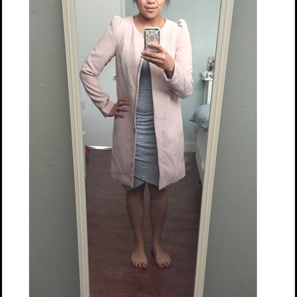 40% off H&M Outerwear - H&M pale pink coat // Sz 6 from Alexa's