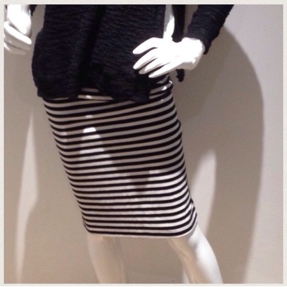 80 dresses skirts thick material striped pencil