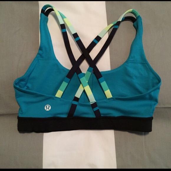 4e6d55870c9dd lululemon athletica Other - Lululemon energy bra size 6