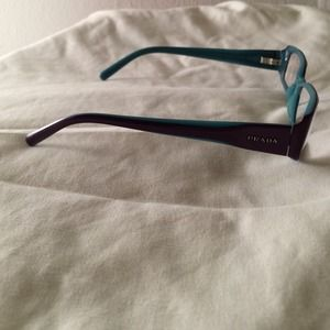 c00b902c3f75 Prada Accessories - AUTHENTIC PRADA Reading Frames