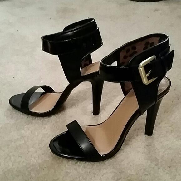 Shoes - NWOT Black High Heels