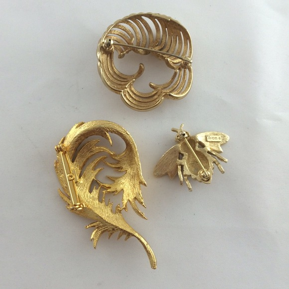 68 Off Vintage Jewelry Vintage Gold Tone Brooch Pin Lot