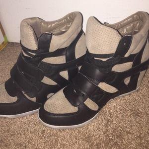 Anna Almeida Brand Shoes