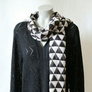 NWT Black & White (Gray) Geometric print scarf