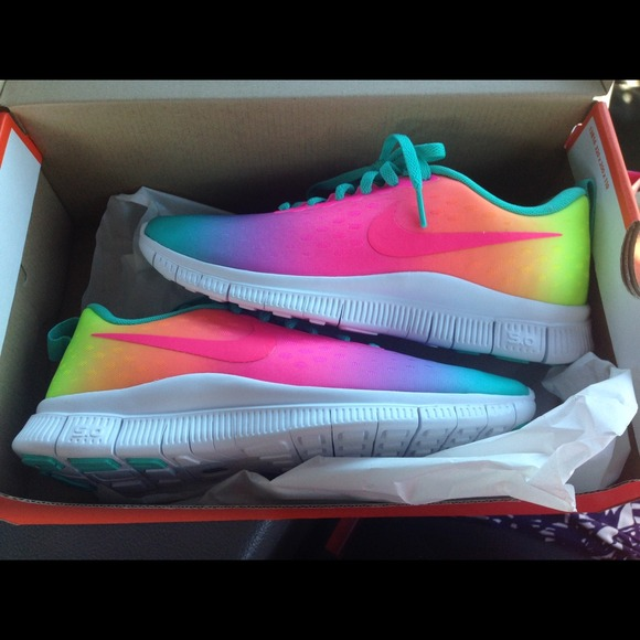 Ombr ShoesSold Rainbow Nike Poshmark Runs 50 Free dCreBox