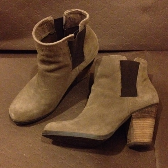 75 vince camuto shoes on sales vince camuto mid