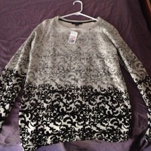 S sweater new with tags