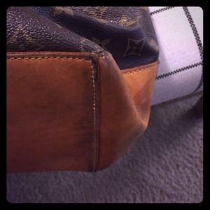 More pics of LV bag