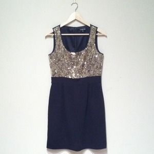 Gianni Bini Dresses & Skirts - Gold Sequin Dress