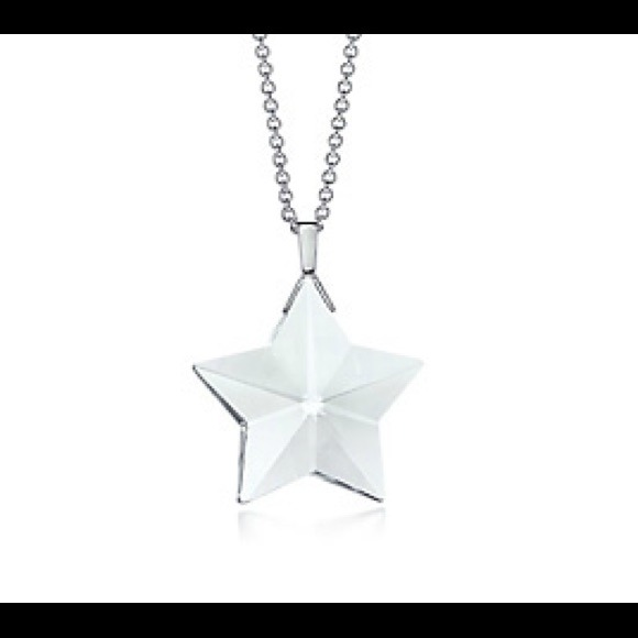 Tiffany co tiffany co rock crystal star pendant necklace m546e9097fb666a50c6004337 mozeypictures Image collections