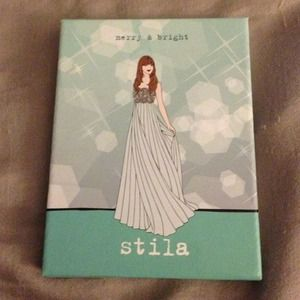 Stila Other - {stila} Merry & Bright Holiday Palette
