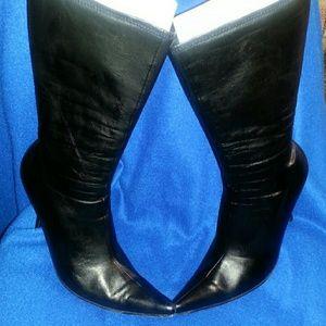  Bebe Black Stilettos Boots   7M