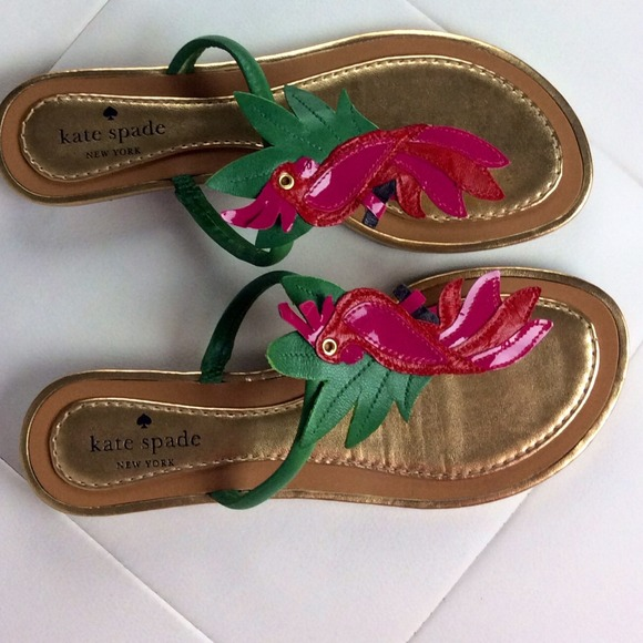 745e475ef47e kate spade Shoes - 🎉HP🎉Kate Spade parrot sandals!