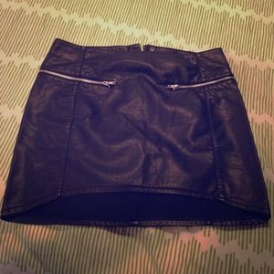 Inspiration leather mini skirt