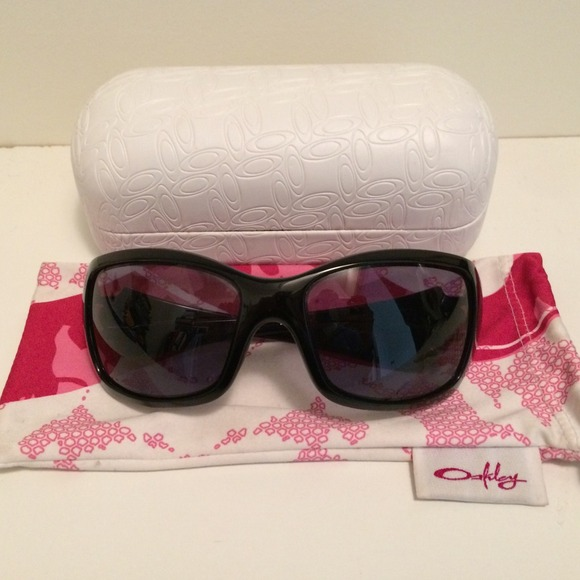Oakley breast cancer