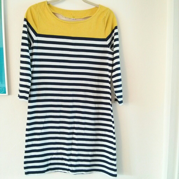 Old navy sold yellow navy white striped knit shirt for Navy striped dress shirt