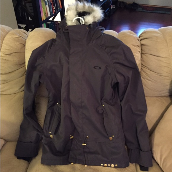 b4d0916614 Womens Oakley winter coat. M 546fb3bf53bc2505e4097f94