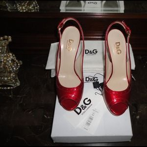 { Dolce & Gabbana } Candy Leather Peep Toe Pumps