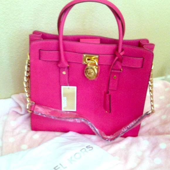 30416899ac89 🎉SALE🎉Michael Kors Hamilton Bag Fuschia Hot Pink