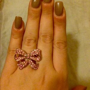 Gorgeous Betsey Johnson bow ring