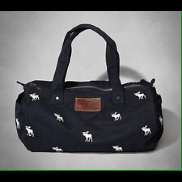 7e622924f3ae Abercrombie & Fitch Handbags - Navy Blue Abercrombie & Fitch Duffle Bag