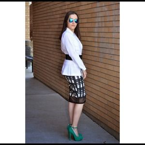 Grid print pencil skirt
