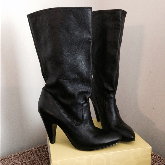 75 bcbgeneration shoes bcbg black boots size 6 from