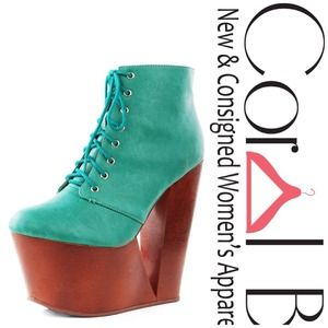Boots - Green Wooden Wedge Platforms