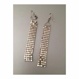 Jewelry - ⭐️Disco silver drop earrings