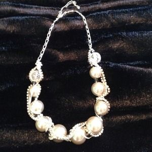 Large pearl beaded necklace