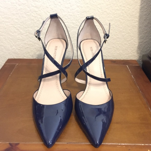 Hp Navy Blue Patent Leather Pumps