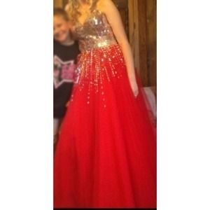 Dresses & Skirts - Red prom dress.