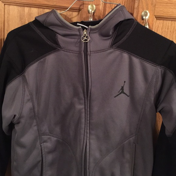 Womens Jordan Therma Fit Jacket Size