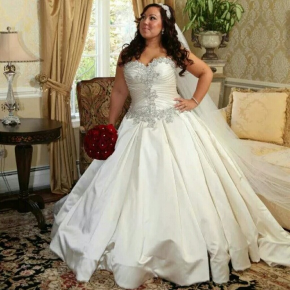 Pnina Tornai Wedding Dresses Plus Size Wedding Ideas